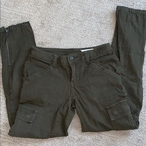 Cargo pants 💚